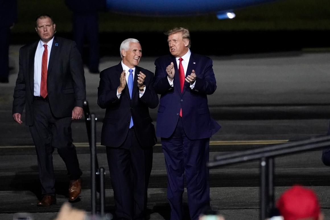 Thế khó của ông Mike Pence sau 4 năm sát cánh cùng Tổng thống Trump - Ảnh 2