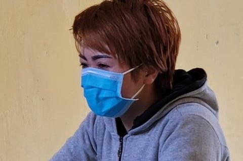 """Chủ quán bánh xèo ở Bắc  Ninh thừa nhận """"dạy dỗ"""" nhân viên do lười làm, hay ăn vụng - Ảnh 1"""