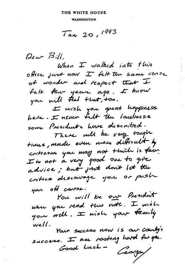 Những lá thư chuyển giao quyền lực hòa bình của các đời tổng thống trước - Ảnh 1