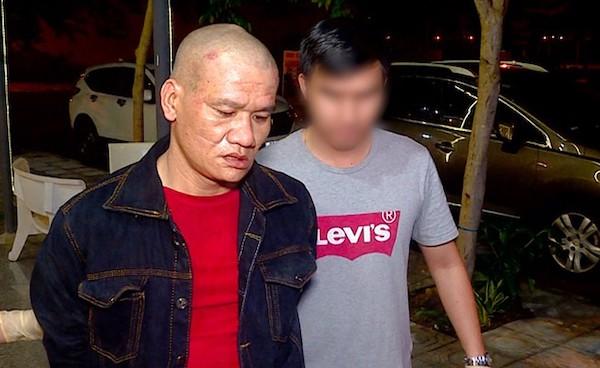 Nha Trang: Bị cảnh sát vây bắt vì nghi mua bán ma tuý, đối tượng dùng súng chống trả - Ảnh 1