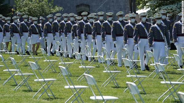 Bê bối gian lận thi cử lớn nhất trong nhiều thập kỷ tại học viện quân sự hàng đầu nước Mỹ - Ảnh 1