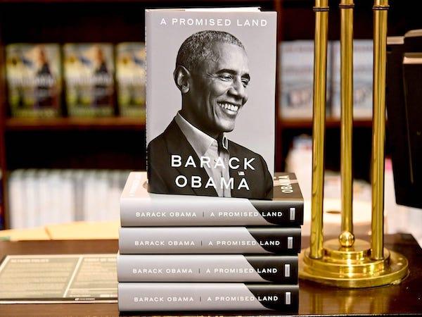 Vợ chồng cựu Tổng thống Obama kiếm được bao nhiêu tiền sau khi rời Nhà Trắng? - Ảnh 2