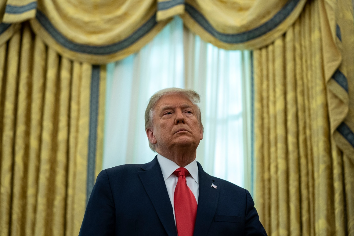 Tổng thống Trump có thể rời Nhà Trắng từ lễ Giáng sinh - Ảnh 1
