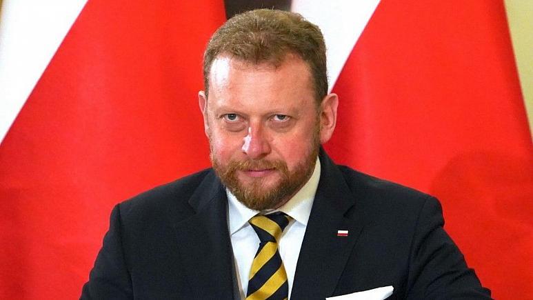 Bộ trưởng Y tế Ba Lan từ chức sau bê bối mua vật tư y tế phòng dịch Covid-19 - Ảnh 1