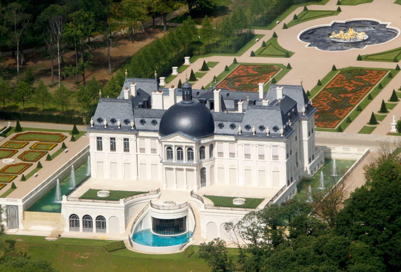 Hoàng gia giàu có nhất thế giới, sở hữu khối tài sản nghìn tỷ USD - Ảnh 3