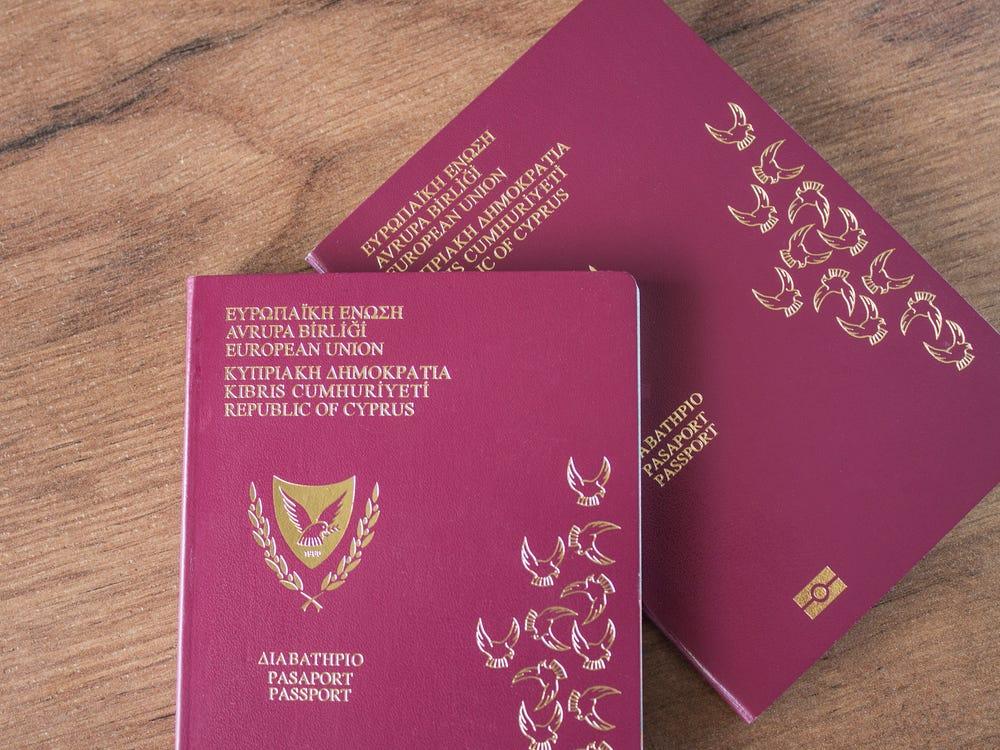 """Cách để nhận """"hộ chiếu vàng"""" của Síp - Ảnh 1"""