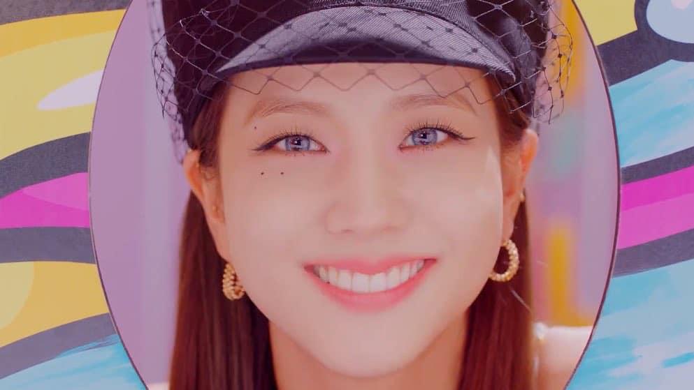 """BlackPink """"nhá hàng"""" MV teaser ca khúc hợp tác với Selena Gomez, khoe nhan sắc ngọt lịm - Ảnh 4"""