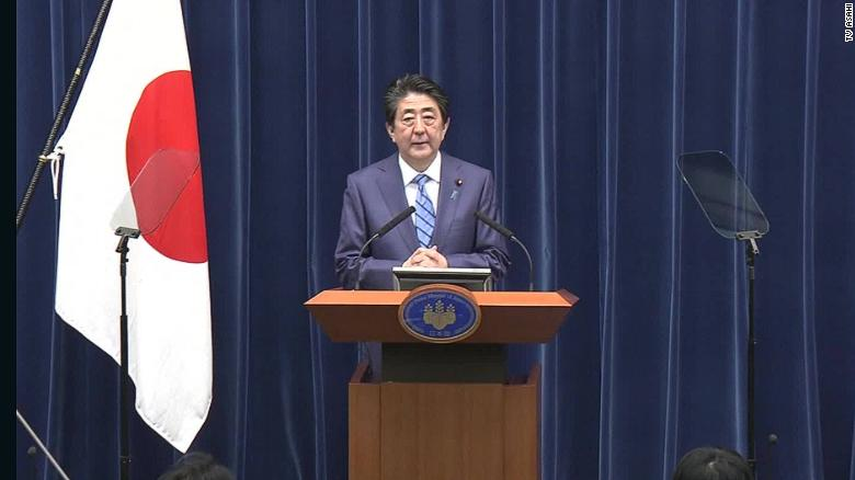 Thành tích nổi bật khiến ông Shinzo Abe trở thành Thủ tướng lâu đời nhất Nhật Bản - Ảnh 1