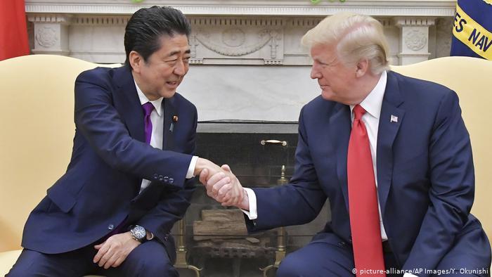 Thành tích nổi bật khiến ông Shinzo Abe trở thành Thủ tướng lâu đời nhất Nhật Bản - Ảnh 2