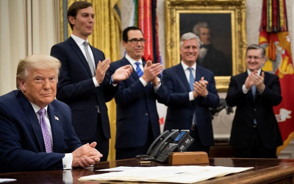 Ông Trump mời thành viên đảng Dân chủ tới tham dự buổi ký hiệp ước giữa UAE - Bahrain và Israel - Ảnh 1