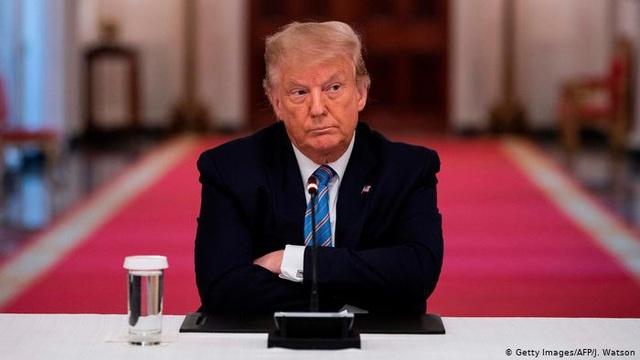 Tổng thống Mỹ Donald Trump thắt chặt lệnh trừng phạt với Cuba  - Ảnh 1