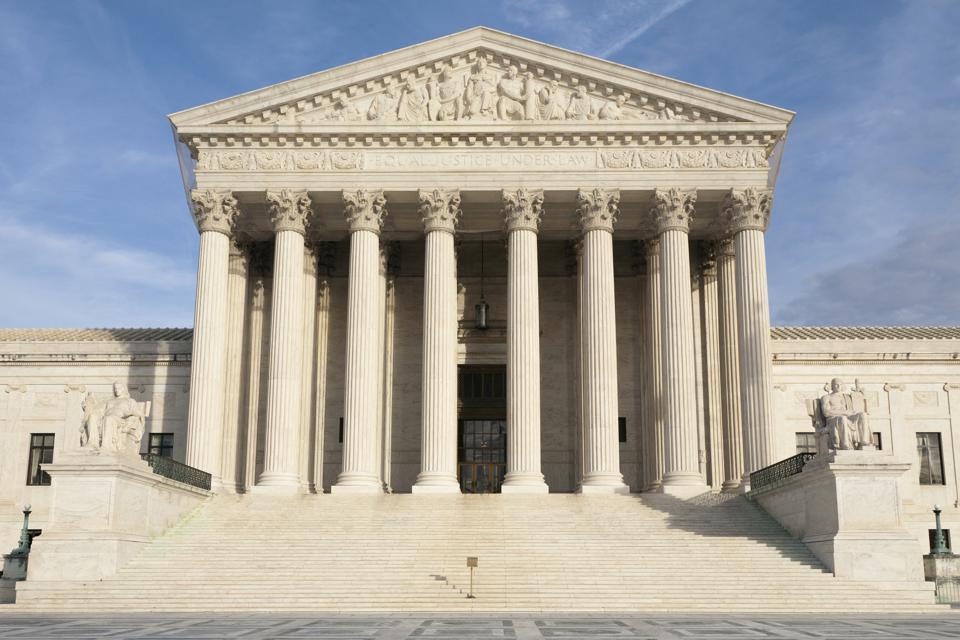Đảng Dân chủ chuẩn bị ra dự luận giới hạn thời gian làm việc của thẩm phán Tòa án Tối cao  - Ảnh 1