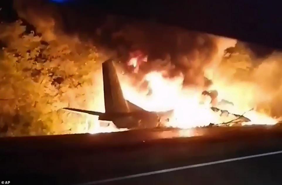 Máy bay quân sự Ukraine gặp nạn, ít nhất 22 người tử vong - Ảnh 1