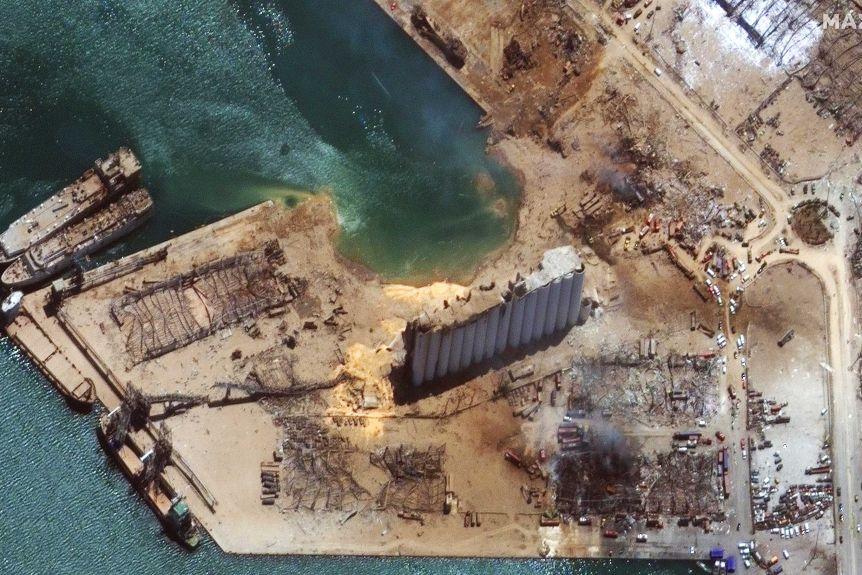 Lebanon phát hiện thêm hơn 4 tấn hóa chất nổ ammonium nitrate gần cảng Beirut - Ảnh 2
