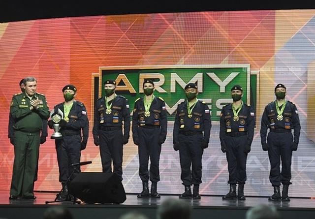 Chung kết Army Games 2020: So găng nảy lửa với Trung Quốc, đội tăng Nga thắng sát nút 36 giây - Ảnh 3