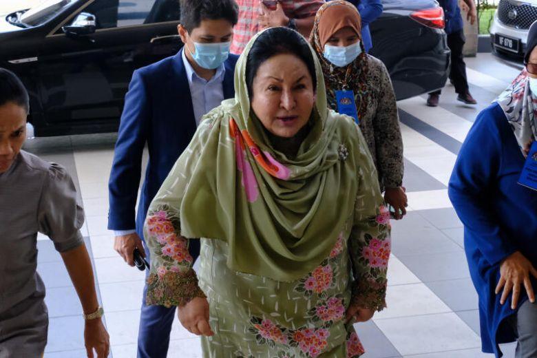 Vợ cựu Thủ tướng Malaysia chi 33.000 USD mỗi tháng để giữ hình ảnh - Ảnh 1