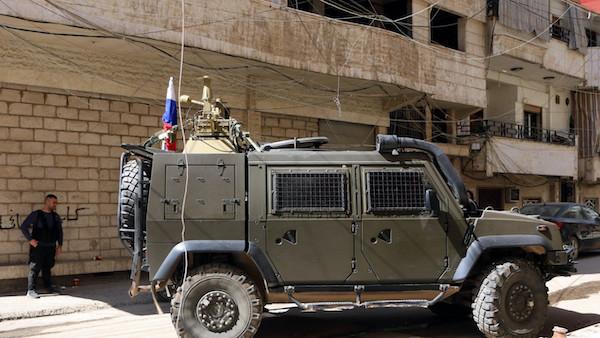Chiến sự Syria: Phiến quân thánh chiến lần đầu tấn công trực diện, nhằm vào căn cứ quân sự Nga - Ảnh 1