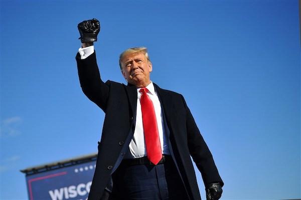 Ông Trump trở thành tổng thống đầu tiên trong lịch sử bị luận tội 2 lần - Ảnh 1
