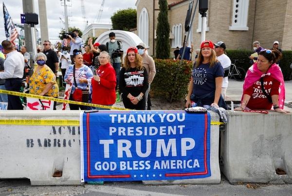 Kết thúc nhiệm kỳ, cựu Tổng thống Trump được chào đón nồng nhiệt tại Florida - Ảnh 6
