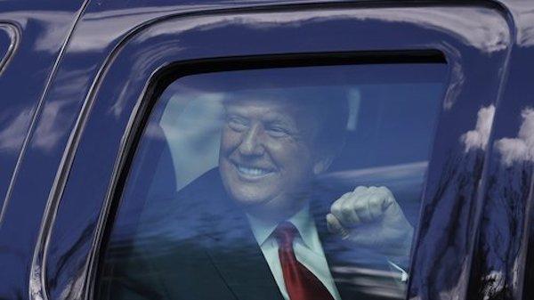 Đảng Dân chủ cân nhắc kế hoạch ngăn cựu Tổng thống Trump tái tranh cử - Ảnh 1