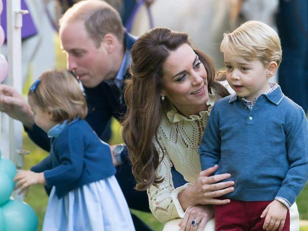 Công nương Anh chia sẻ bí kíp nuôi dạy con cái trong gia đình hoàng gia - Ảnh 1