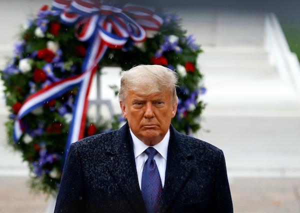 Bên trong sự cô độc của Tổng thống Trump những ngày cuối nhiệm kỳ - Ảnh 1