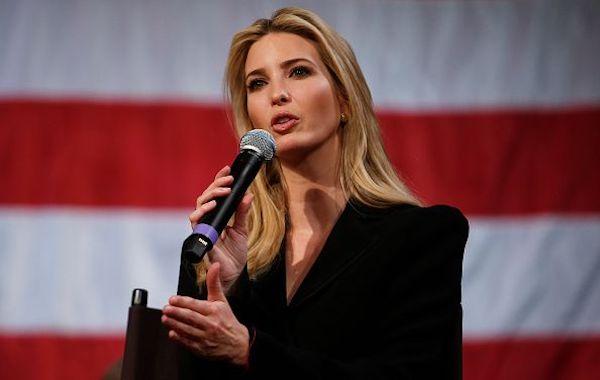 """Đệ nhất phu nhân Melania Trump ở đâu trong ngày """"đen tối nhất"""" nước Mỹ? - Ảnh 2"""