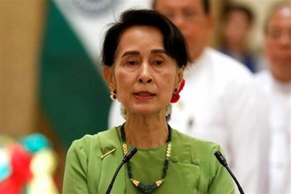 Myanmar: Đột kích vào sáng sớm, lãnh đạo cùng hàng loạt quan chức cấp cao bị bắt giữ - Ảnh 1