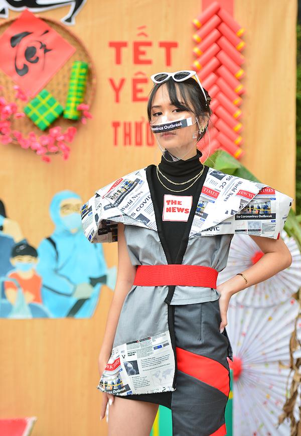 """Trầm trồ bộ ảnh thời trang """"vẹn cả đôi đường"""" vừa phòng dịch COVID-19 vừa diện tết của sinh viên ĐH Kiến Trúc - Ảnh 3"""
