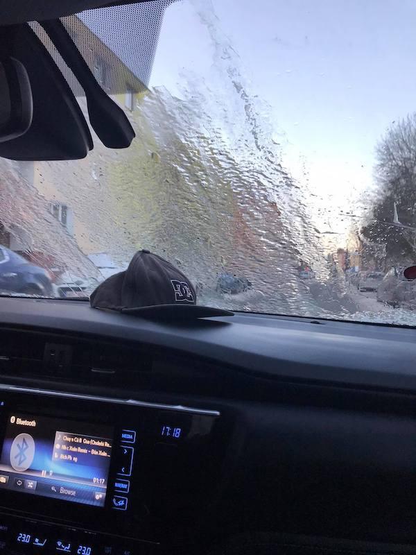 Người Việt tại Mỹ lao đao vì bão tuyết: Phải nghỉ làm, nhiều xe va chạm vì đường trơn trượt - Ảnh 6