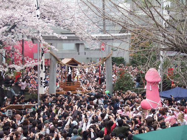 """Ngỡ ngàng trước những lễ hội """"khó tin là có thật"""" tại Nhật Bản - Ảnh 2"""