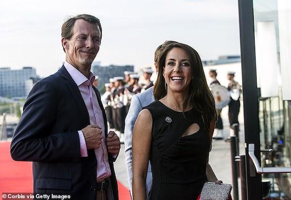 """""""Sóng gió"""" bên trong nội bộ Hoàng gia Đan Mạch: Thái tử phi """"dằn mặt"""" em dâu không kiêng nể - Ảnh 3"""