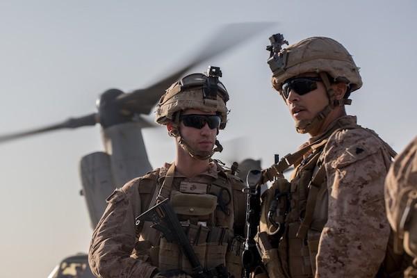 """Tướng Mỹ bị tố cáo """"biển thủ"""" số tiền NATO cung cấp để hỗ trợ lực lượng tại Syria - Ảnh 1"""