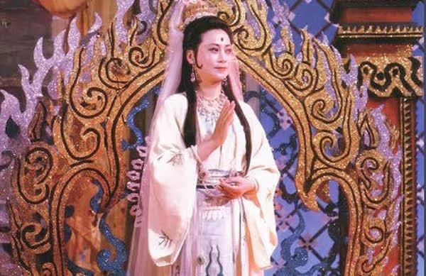 Tây Du Ký: Tình cảnh éo le của nam diễn viên đóng vai Ngọc Hoàng, ngã ngửa khi thấy mặt mình in trên vàng mã - Ảnh 4