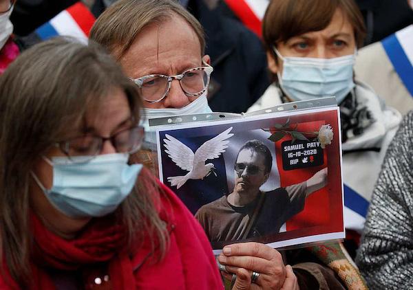 Vụ thầy giáo người Pháp bị sát hại: Nữ sinh 13 tuổi thừa nhận đã nói dối  - Ảnh 1