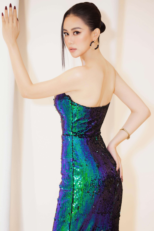 """Cao Thùy Trang đẹp sang chảnh tại Đại Hội Mỹ Nam 8, không ngại chuyện """"đụng hàng"""" Kiều Ngân, Hoài Sa - Ảnh 4"""