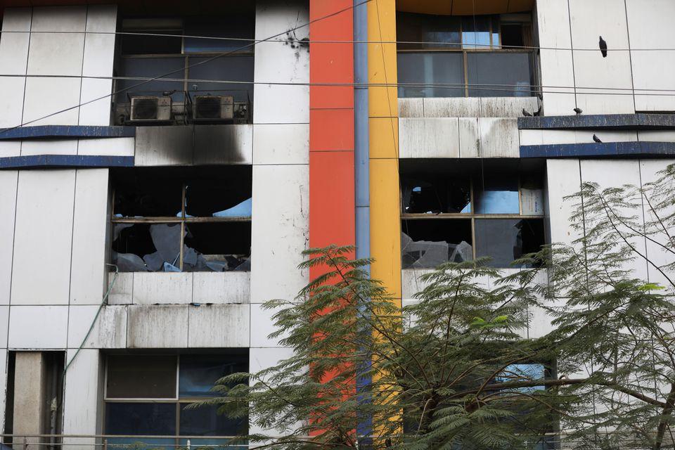 Ấn Độ: Cháy lớn tại bệnh viện điều trị COVID-19, ít nhất 14 người thiệt mạng - Ảnh 1