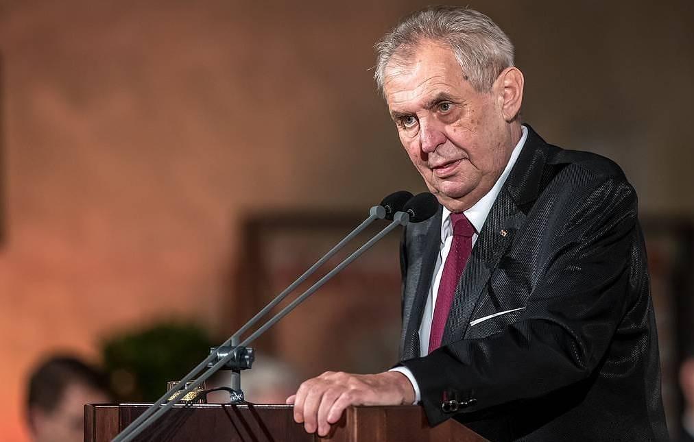 """Căng thẳng Nga - CH Séc: Tổng thống Milos Zeman có thể bị buộc tội vì """"bênh"""" Moscow - Ảnh 1"""