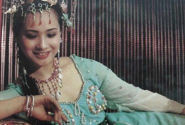 """Tây Du Ký: Nữ yêu xinh đẹp mê hồn nhưng lại """"kém nổi tiếng"""" nhất trong dàn sao năm 1986 - Ảnh 1"""