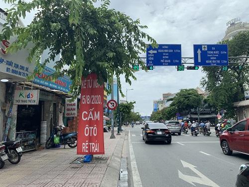 """Sở GTVT TP.HCM cấm xe trên nhiều tuyến đường vào sân bay, doanh nghiệp """"khóc ròng"""" - Ảnh 1"""