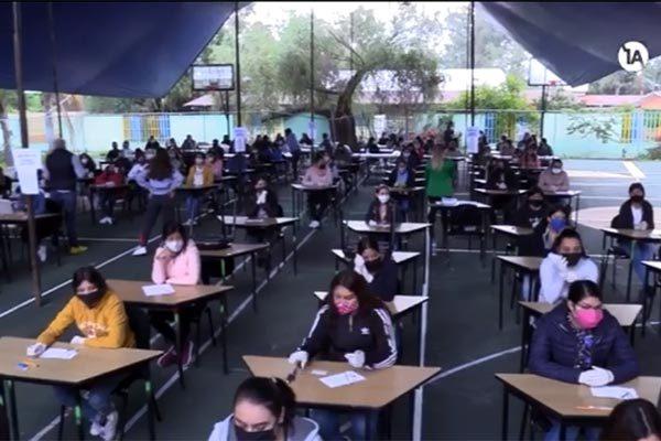 """Thí sinh thi trường sư phạm ở Mexico và chiêu gian lận """"có một không hai"""" - Ảnh 1"""