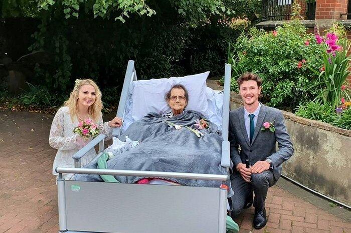 Cặp đôi tổ chức đám cưới trong nhà an dưỡng, biết lý do ai cũng xúc động - Ảnh 1