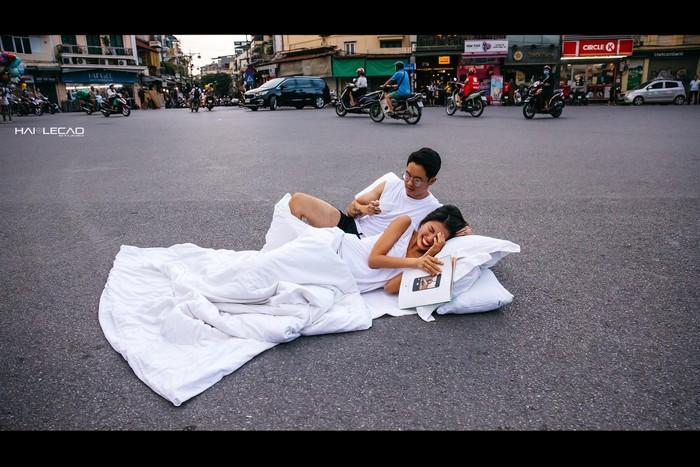 """Giao Thanh tra vào cuộc vụ chụp ảnh cưới """"chăn gối"""" ở các nơi biểu tượng văn hoá - Ảnh 1"""