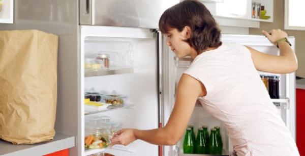 Người phụ nữ tử vong sau khi ăn nem để 3 ngày trong tủ lạnh, nguyên nhân ban đầu nghi ngộ độc - Ảnh 2