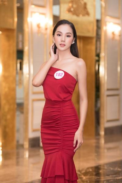 Nhan sắc rực rỡ, ngọt ngào của các thí sinh lọt vòng bán kết Hoa hậu Việt Nam 2020 - Ảnh 5