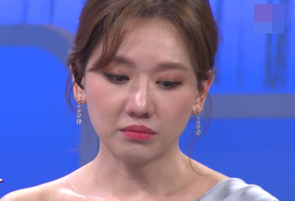 Hari Won trấn an người hâm mộ sau chia sẻ về bệnh ung thư cổ tử cung - Ảnh 1