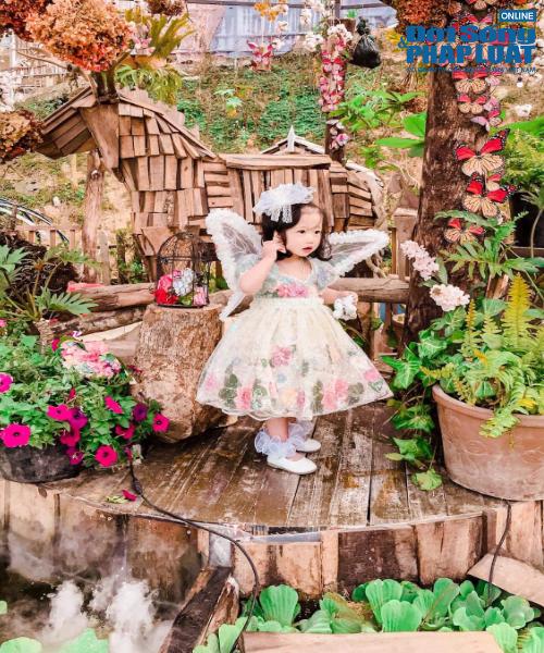 """""""Công chúa mít ướt"""" gây xôn xao cộng đồng mạng có gu thời trang sành điệu, chất chơi - Ảnh 12"""