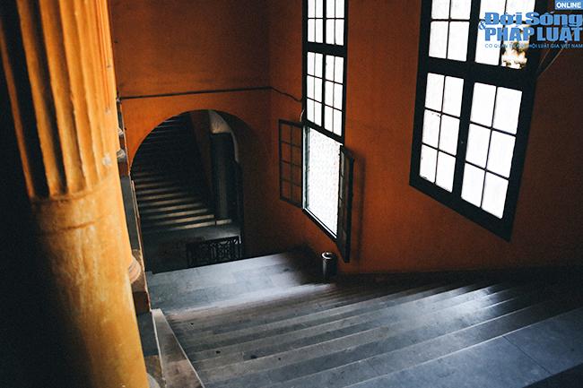 Trường đại học gần 100 năm tuổi cổ kính ở Hà Nội - Ảnh 13