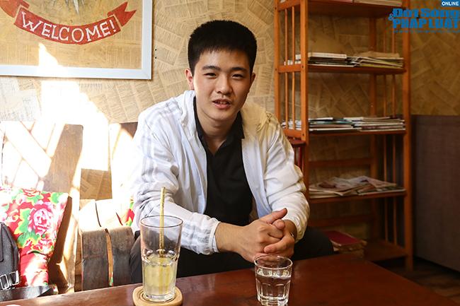 Nam sinh Triều Tiên nói tiếng Việt trôi chảy, tự tin mặc cả khi đi chợ ở Hà Nội - Ảnh 1