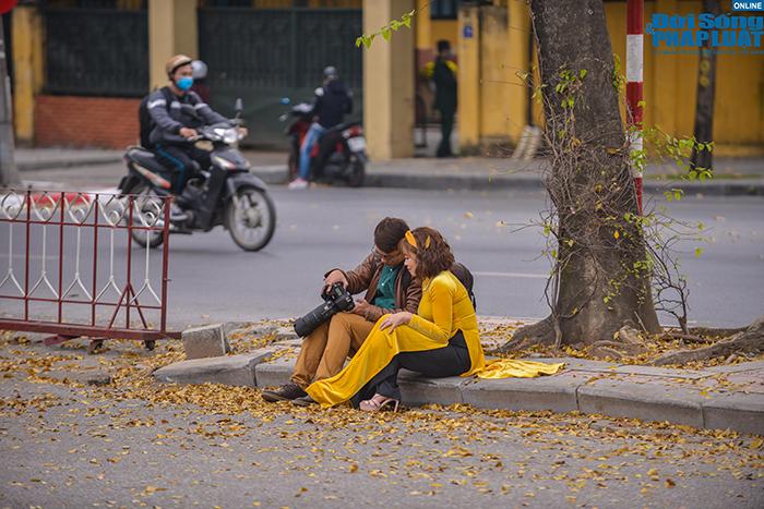 Hoa ban Tây Bắc nở rộ đẹp nao lòng trên đường phố Hà Nội - Ảnh 2